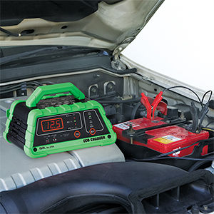BAL 2704 12Vバッテリー専用充電器 ECO CHARGER
